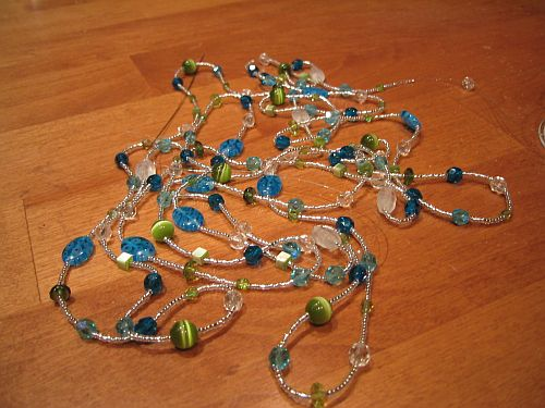 Bauble_strand_1