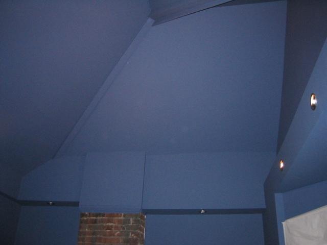 Blue_room_up